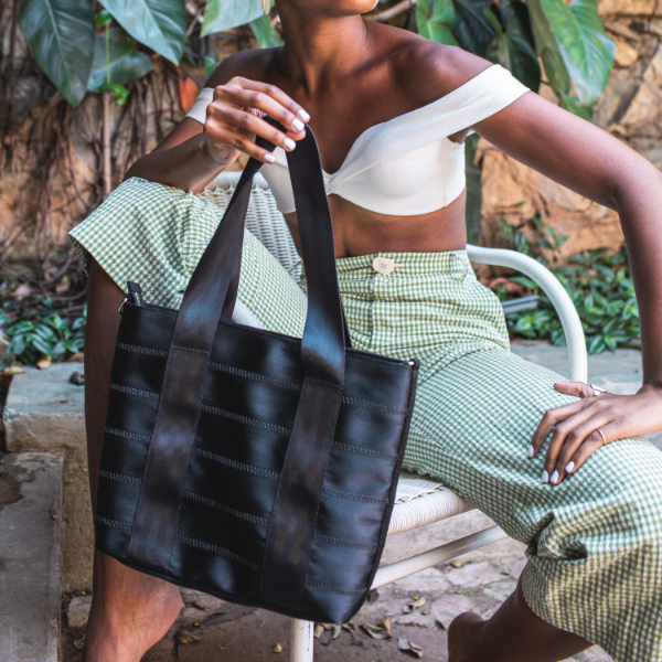 Upcycled Nilza tote From Belo