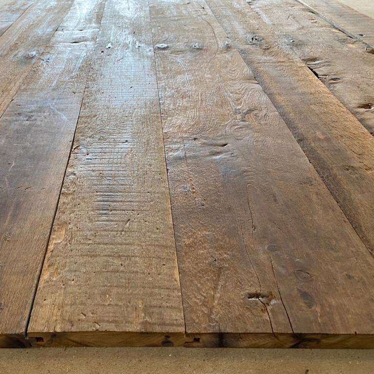 Reclaimed antique oak boards – surface brushed